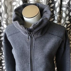Lululemon cowl neck jacket with Thumbholes 8